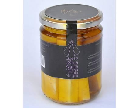 Compre queijo pecorino com trufas negras melanosporum. consulte o preço. Especiaria delicatessen